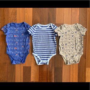 Baby Gap 3 piece matching bodysuits. 18-24 months